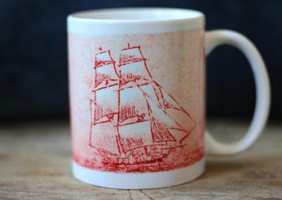 Brig Niagara red etching coffee mug by ArteMie